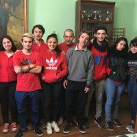 La unión de tres escuelas por la no violencia