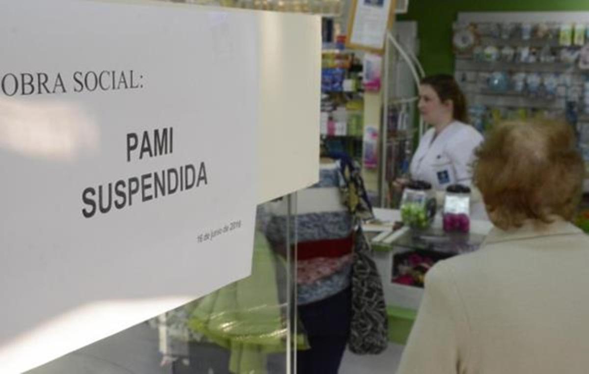 Urgente: colapso de la cadena de pagos de las farmacias por la deuda del PAMI